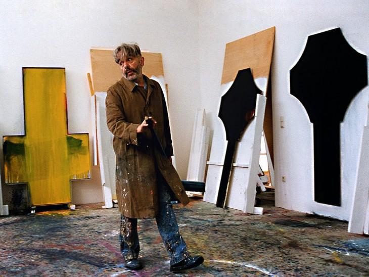 Arnulf Rainer en su estudio