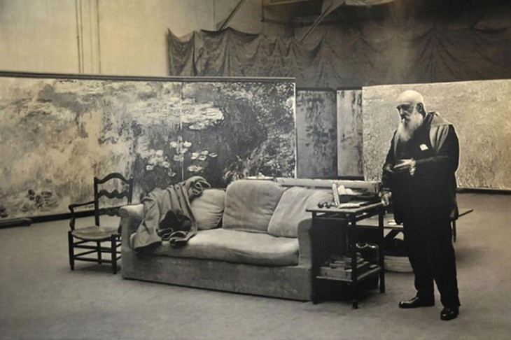 Claude Monet en su estudio