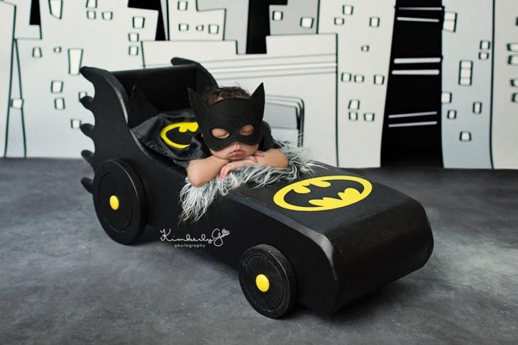 bebé disfrazado de batman