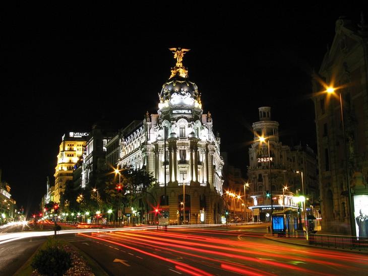 Edificios de España por la noche