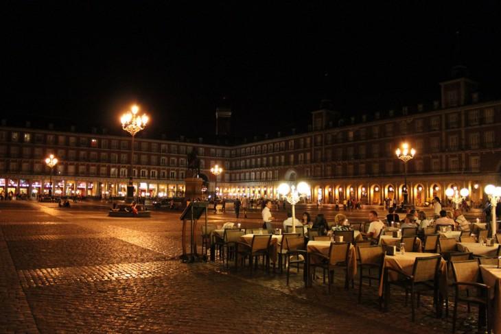 Restaurante de España por la noche