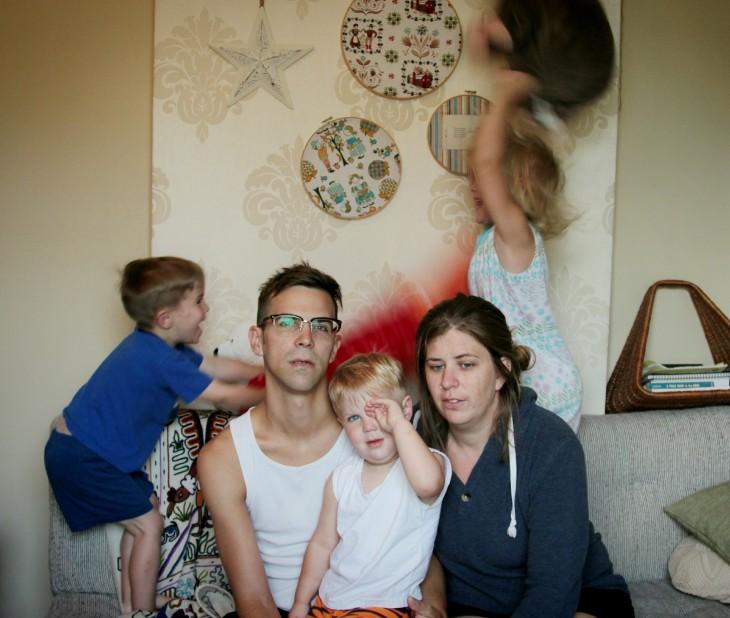 Foto familiar arruinada por los niños