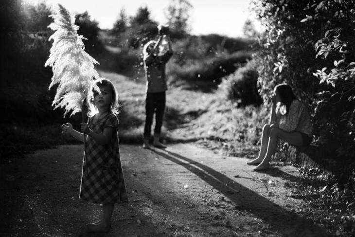 Niños en un patio