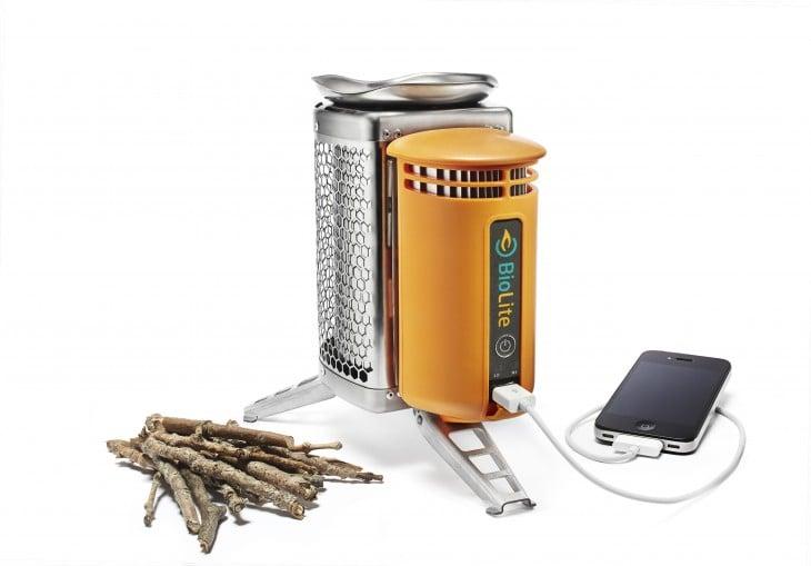 Cargador de celular de madera
