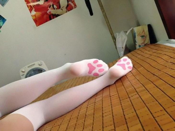 Medias con diseño de patas de gato