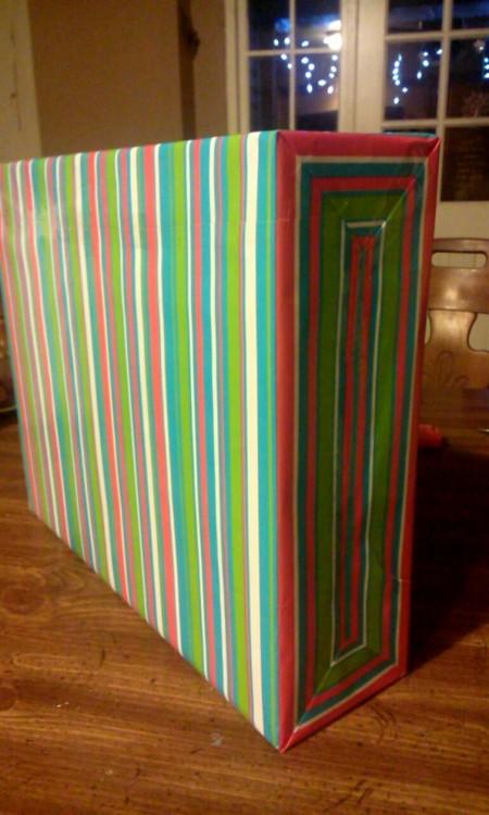 Envoltura de regalo perfectamente envuelto