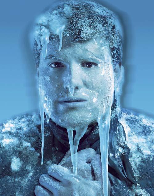 Cara congelada de un hombre