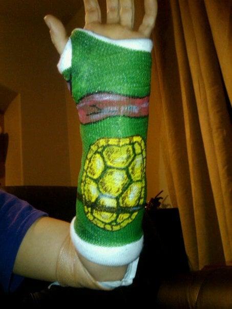 Yeso en la parte trasera de las tortugas ninja