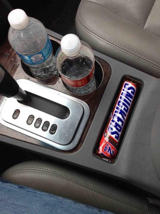 chocolate snicker muy bien acomodado