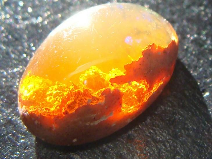 piedra preciosa opal
