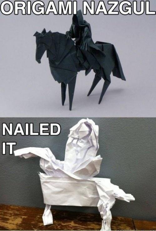 caballos y jinetes hechos con origami