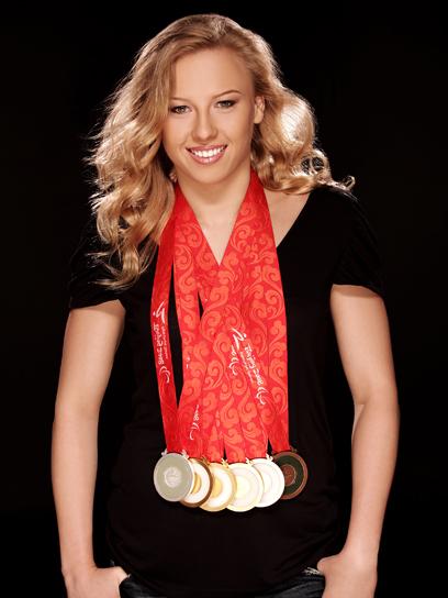 jessica long con algunas de sus medallas de oro
