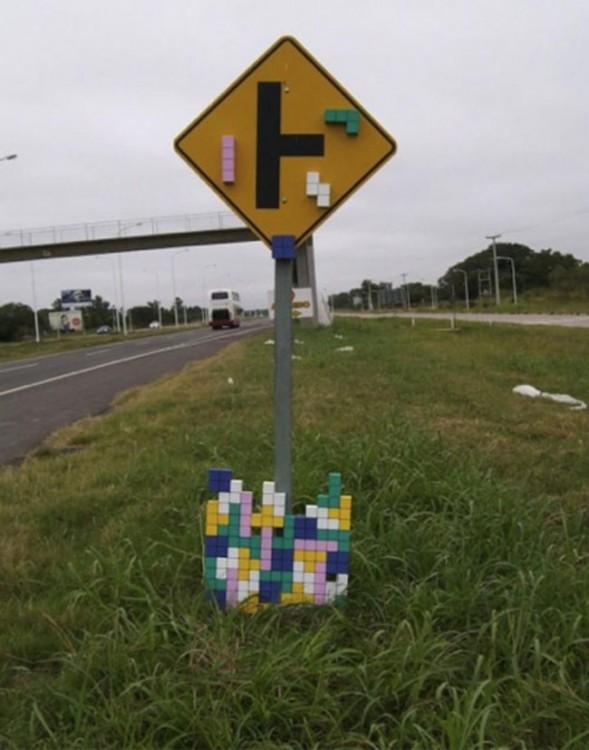 LETRERO CON DETALLES DE TETRIS HACKEADO
