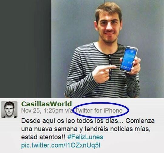 hombre se toma selfie promocionando android y lo tuitea desde iphone