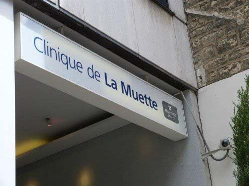 clinica hospitar con nombre parecido a la muertte