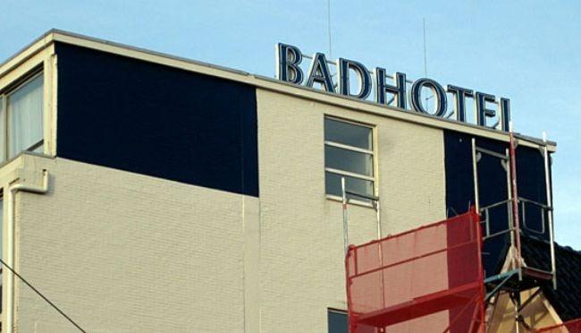 nombre de hotel badhotel