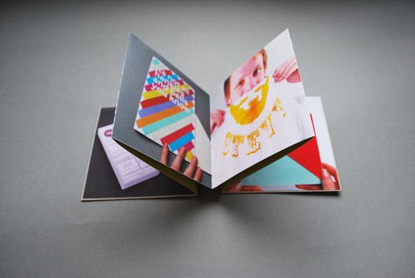 curri estilo libro panfleto de tipografa