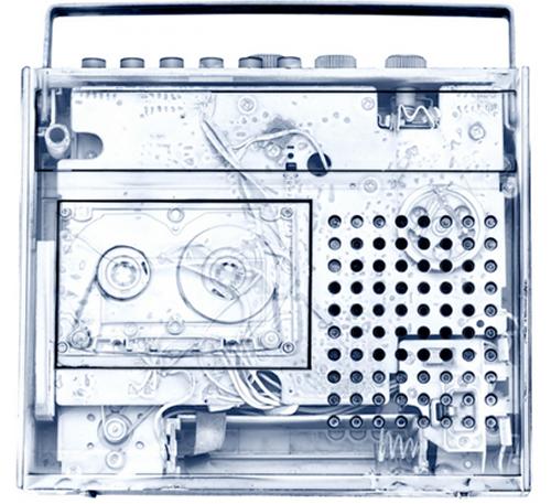 grabadora de los 90' bajo rayos x