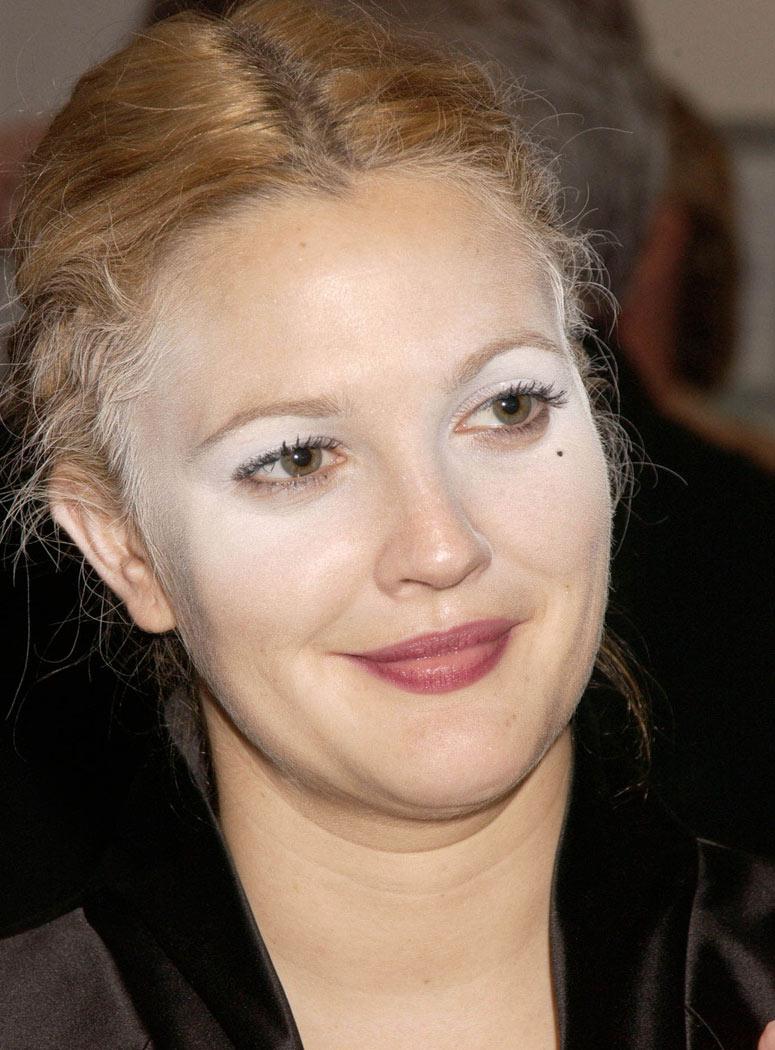 Como luchar con las arrugas por los ojos de 25 años