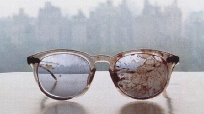 gafas de jhon lennon al ser asesinado