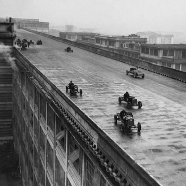 carrera de empleados en el techo de la fabrica fiat en italia 1923