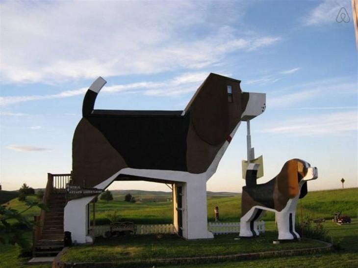 hotel con forma de perro