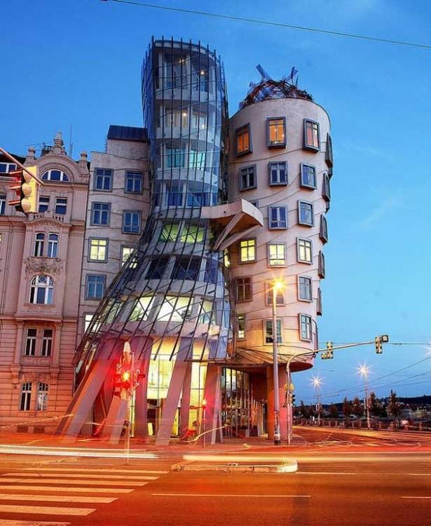 República Checa edificio que se derrite