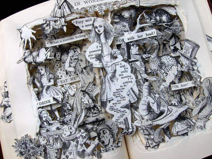libro hecho arte con recortes adentro dándole profundida