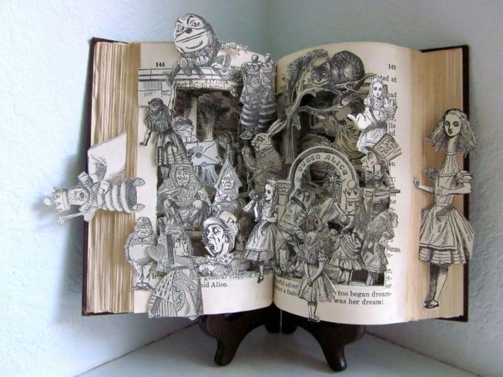 libro hecho arte historia 3d adentro