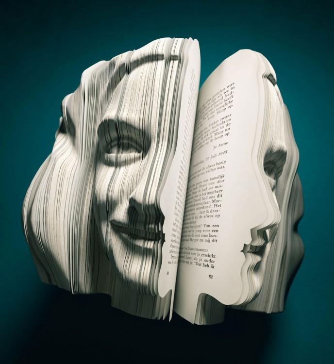 libro hecho arte con cara humana