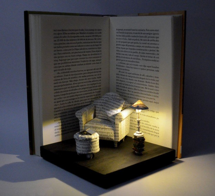 libro hecho arte con forma de living