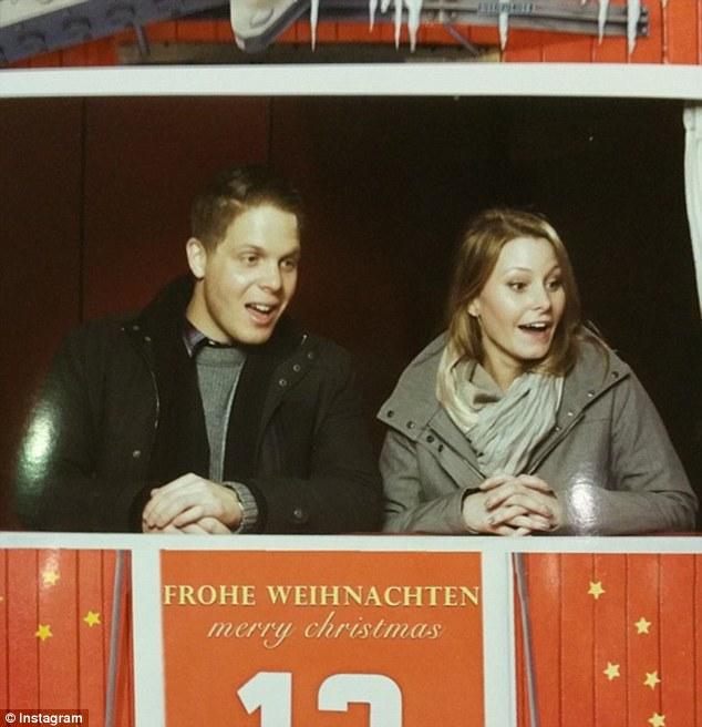Elizabeth Gallagher y Jordan Axani en Vienna