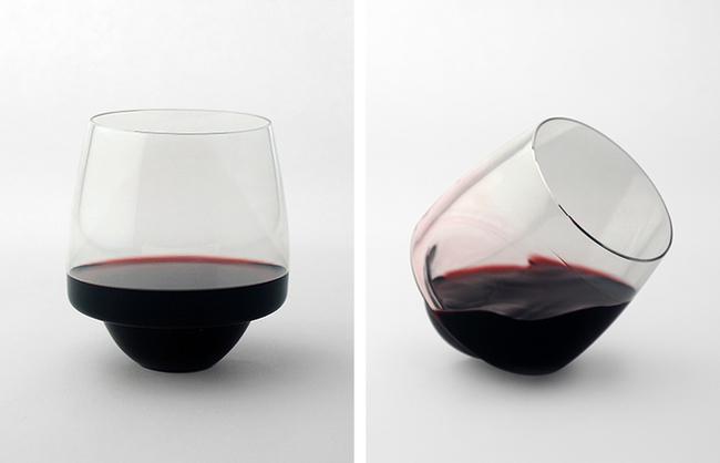 Vaso de vino que no se derrama