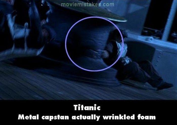 Escena de la película el titanic donde muestra un cabestrante hecho de espuma