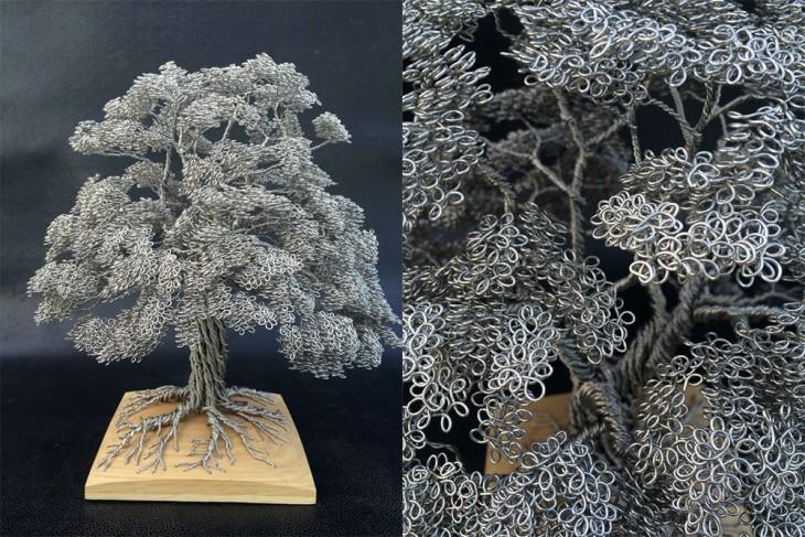 Escultura de alambre formando un árbol