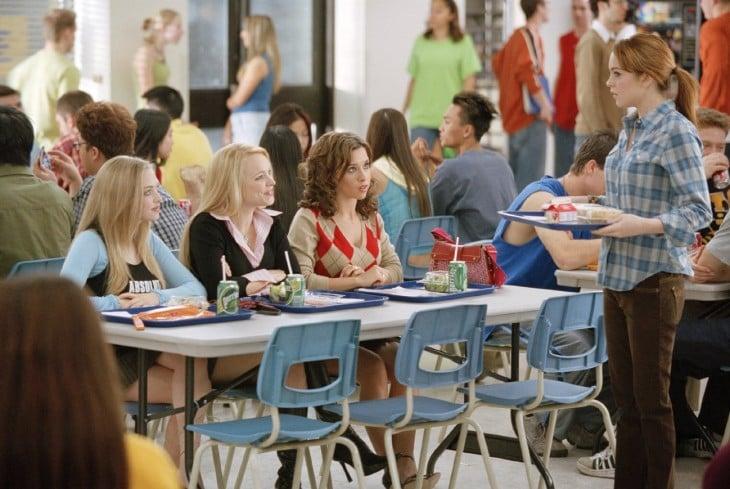 Escena de la película de chicas pesadas donde están en la cafetería a la hora del desayuno