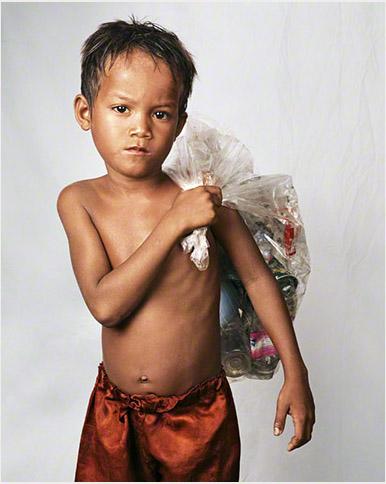 Niño de camboya en por el fotógrafo James