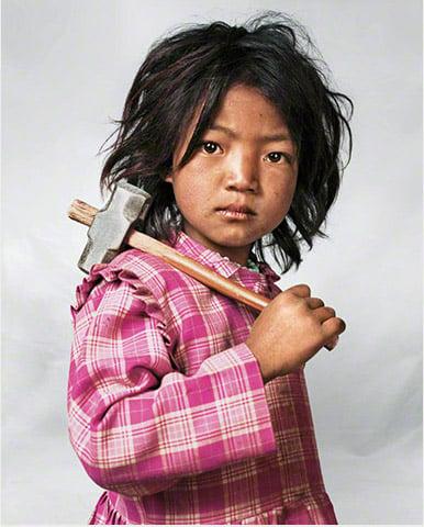 Indira niña de 7 años en Nepal