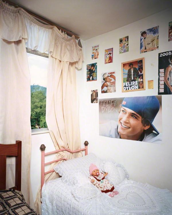 Habitación de Thais en Río de Janeiro fotografía por James