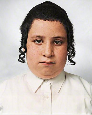 Niño Tzvika fotografía tomada por James