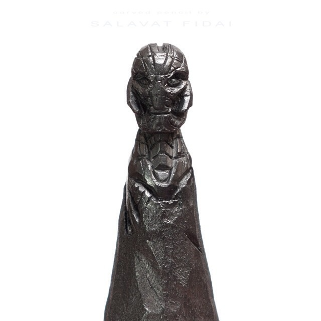 Punta de un lápiz con la cabeza de Ultron