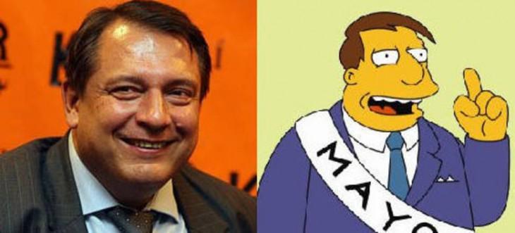 Persona real parecida al alcalde Quimby de los simpsons