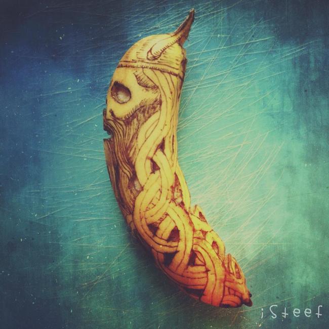 Plátano con el dibujo de un vikingo