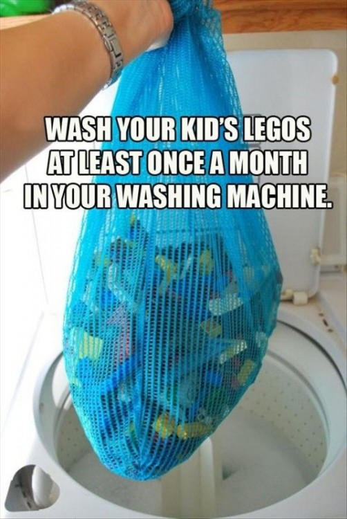 Bolsa con juguetes saliendo de la lavadora