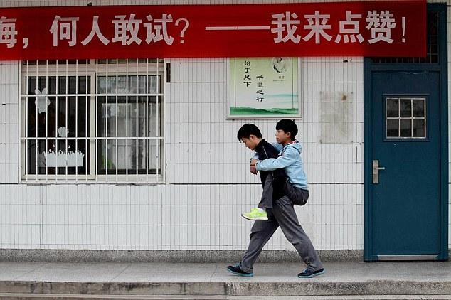 paseando por la calle xie zang