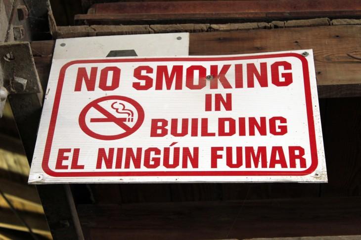 cartel de no fumar