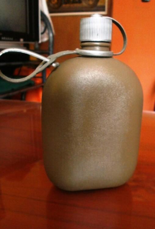 cantinplora de plastico cafe con asa