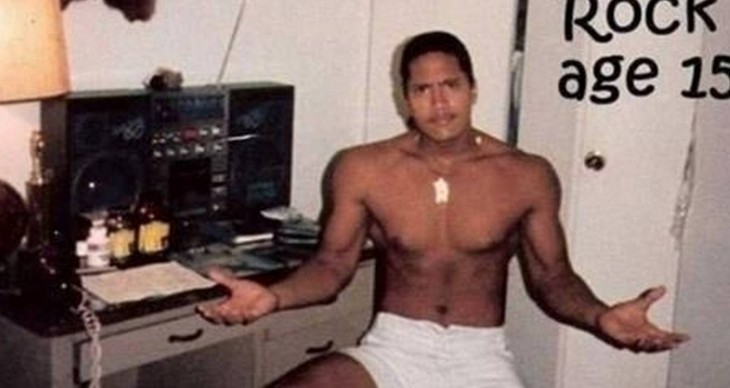 Dwayne Johnson escucahndo musica 1987