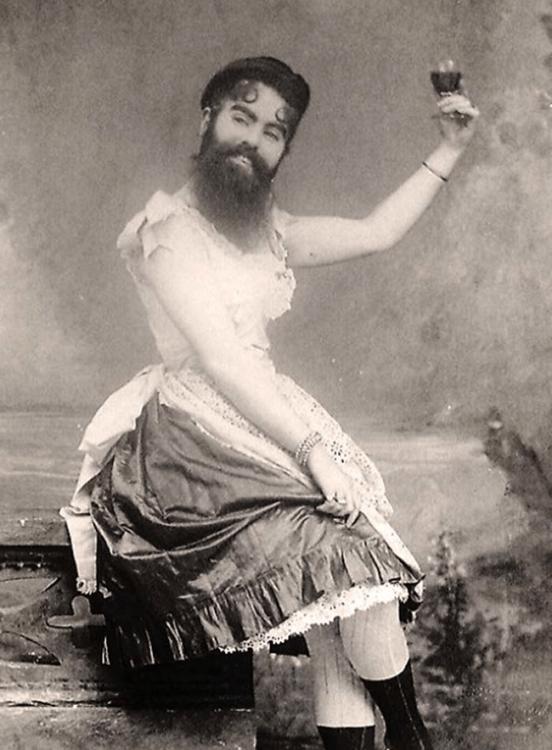 annie jones la mujer con barba