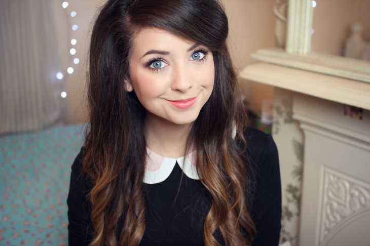 laughspark.com zoe-sugg-and-her-amazing-eyes-100